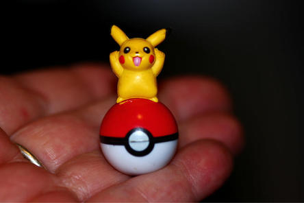 Magic Object - A pikachu in the hand