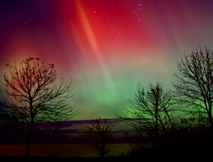 aurora borealis solar storm today - photo #20